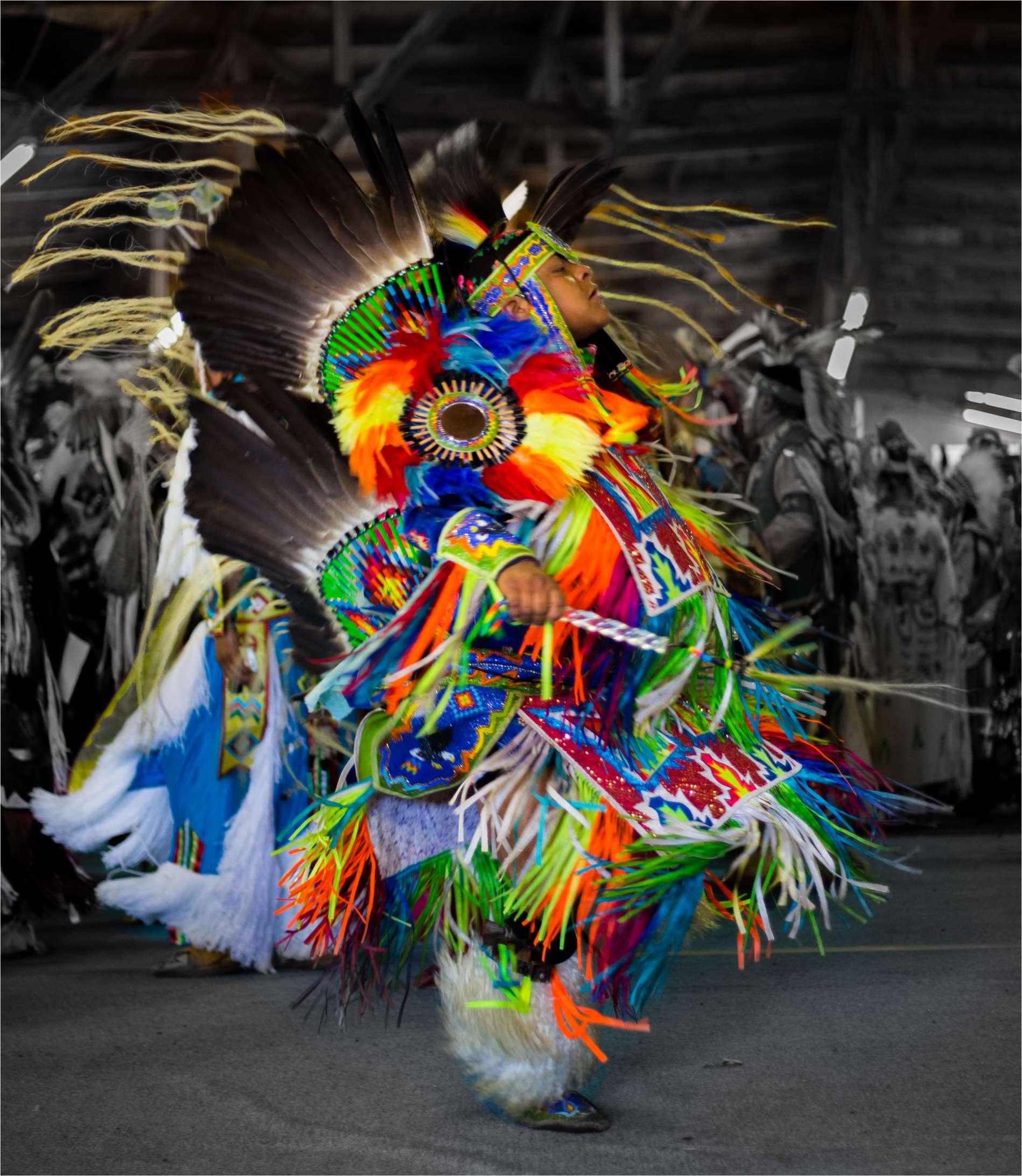 El Powow: Una celebración del panindianismo indígena en los Estados Unidos y Canadá